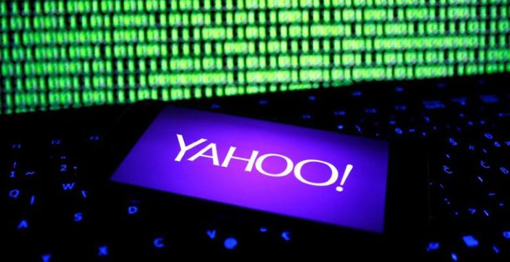 Акционеры Yahoo одобрили ожидаемую продажу компанией своего основного бизнеса Verizon за 4,48 млрд.долларов