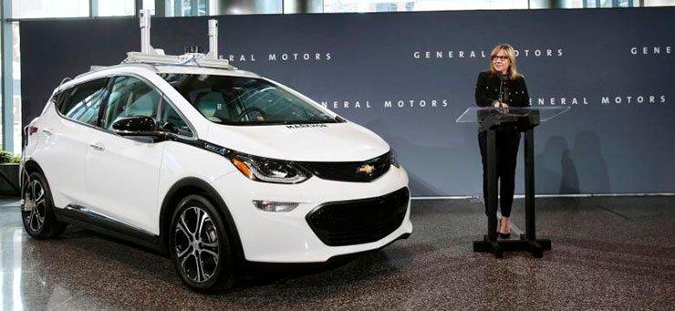 Эксклюзив: GM планирует создать и протестировать тысячи самоходных Болтов в 2018— источники