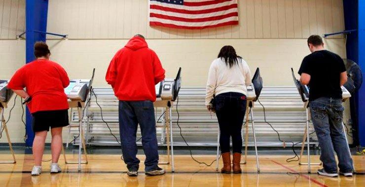 Американские расследования российского взламывания выборов включают три зонда FBI