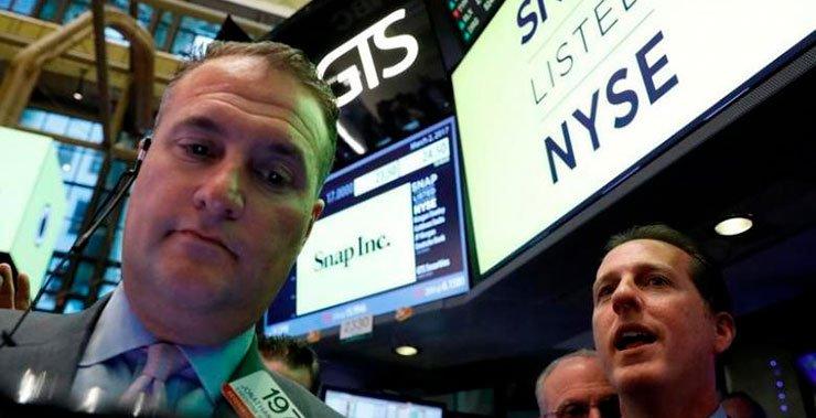 Comcast Corp NBCUniversal вложила 500 миллионов долларов в Snap Inc владелец Snap Inc, в соответствии с запиской в пятницу
