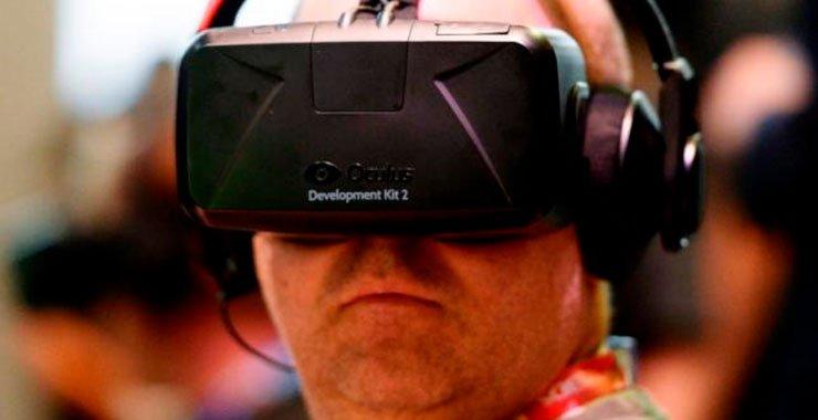 Oculus Facebook, сокращает стоимость виртуальной реальности, установленной на $ 200