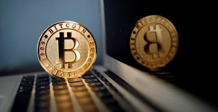 Cтратег BlackRock предположил, что свободная денежно-кредитная политика может помочь спекуляции в цифровых валютах