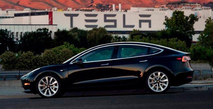Tesla Inc ищет выпуск облигаций на сумму $ 1,5 млрд для финансирования производства нового седана  модели 3