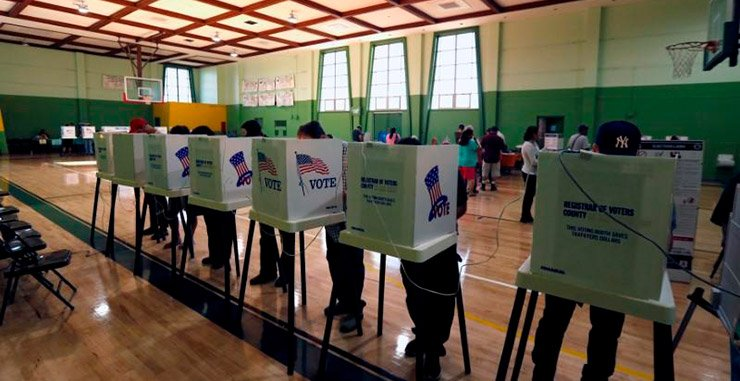 Калифорния и Висконсин отрицают избирательные системы, ориентированные на российских хакеров