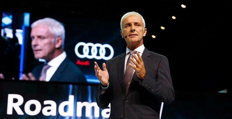 Volkswagen тратит миллиарды долларов на электромобили в поисках массового рынка, чтобы бросить вызов первопроходцу Tesla